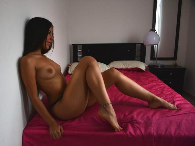 Online Naked Pictures